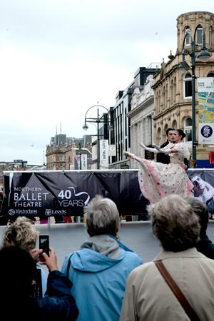 Dracula & Mina Dance on Briggate (Photo: Ryan Hopkinson)