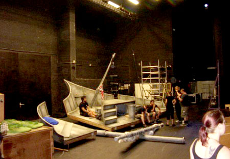 Loads of room backstage, the pirate ship can be laid our flat